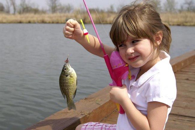 Мой ребенок хочет на рыбалку что ему взять