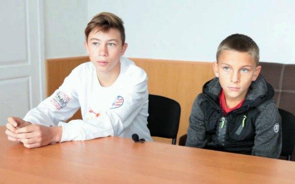 Детям нужна семья: Руслан (2007 г.р.) и Денис (2009 г.р.)