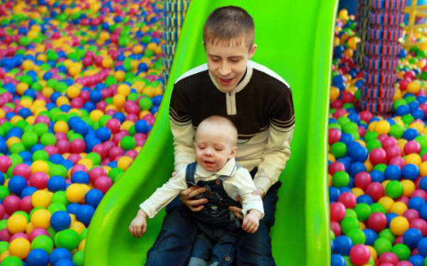 Kirill Karpachev (born in 2000) and Timofei Karpachev (born in 2011) – Cystic fibrosis