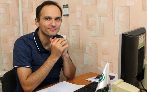 Исполнительный директор фонда: Леонид Лобанок