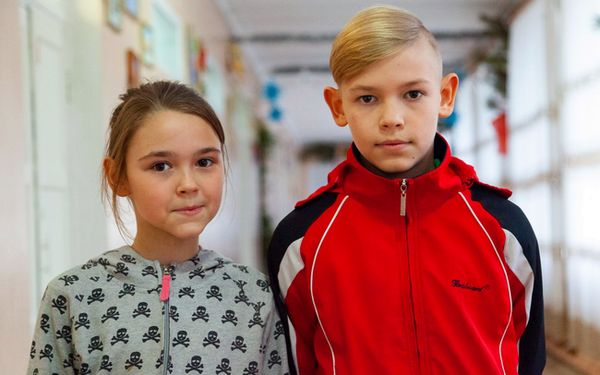 Children need a family: Denis (born in 2009) and Veronica (born in 2011)