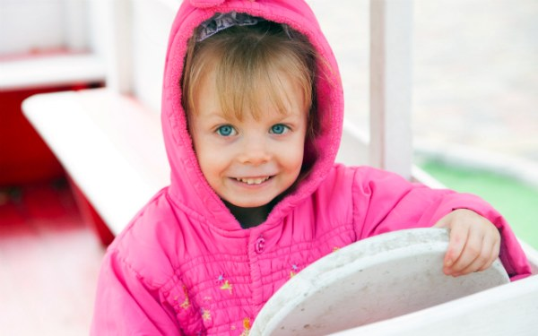 Дитині потрібна родина: Вікторія