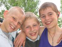 Три товарища