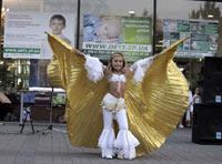 Уличный концерт в центре Запорожья – первый шаг к спасению Владика