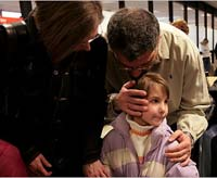 Украинские сироты гостят в американских семьях, но их усыновление - под вопросом