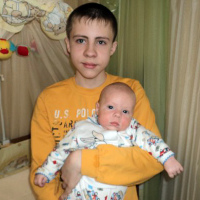 Kirill Karpachev (born 28 June 2000) and Timofei Karpachev (born 22 November 2011) – Cystic fibrosis, mixed form