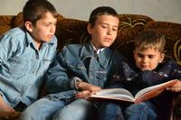 Детям нужна семья: Кирилл М. 2002 года рождения; Михаил М. 2004 года рождения; Денис М. 2009 года рождения