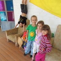 «Гостеприимное Запорожье» - помощь переселенцам с Донбасса и их детям