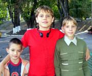 Children need a family: Vladimir P., born in 1998; Andrey P., born in 2000