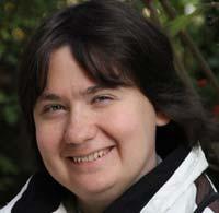Почетный председатель правления фонда: Ирина Гавришева (умерла в январе 2016)