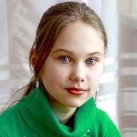Ребёнку нужна семья: Людмила Д.