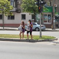 Бизнес на доброте, или Как зарабатывают запорожские люди в фиолетовом