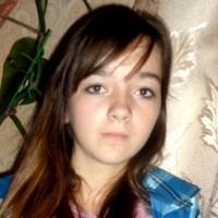 Valeria Shumak, born in 1999 - a progressive form of scoliosis