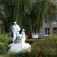 Volnyansk boarding school: official inadequacy or a new pedagogic method?